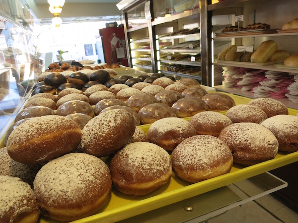 Fresh made paczki at Delightful Pastries.