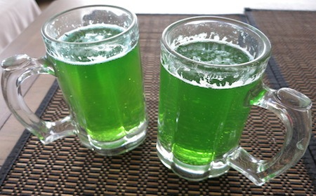 Food Travelist Green Beer in Mugs