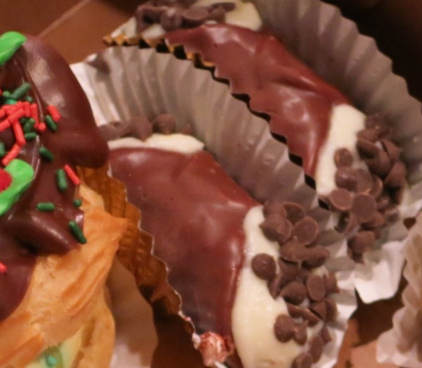 Cannoli Pastries Around The World