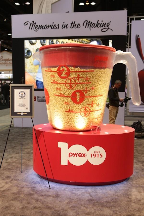 Pyrex 100 Cup