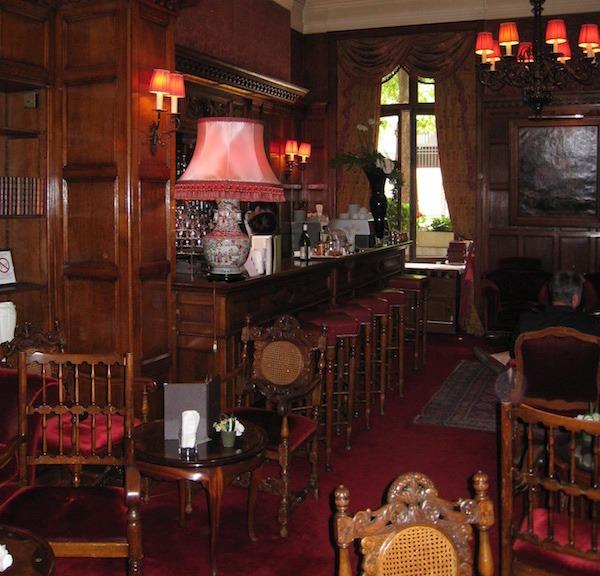 Hotel Raphael Lobby