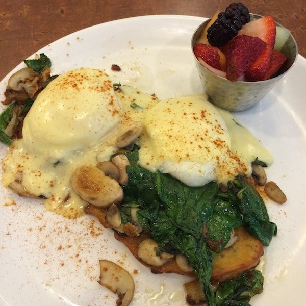 Vegetarian Benedict at Delia's Kitchen in Oak Park