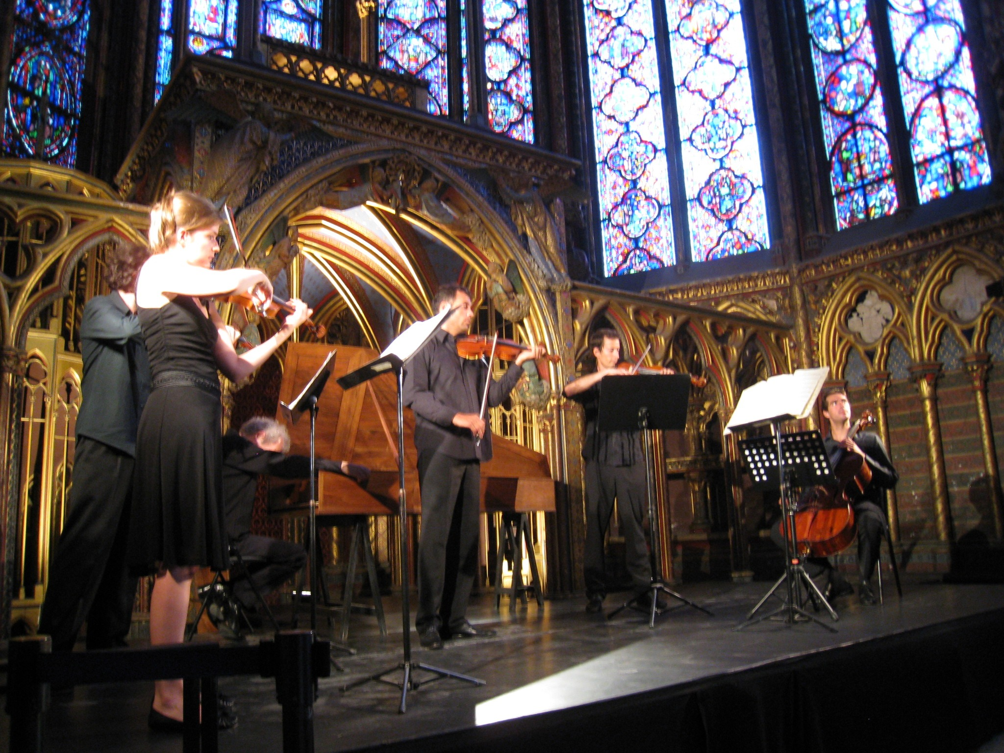 Live-music-at-Sainte-Chapelle-in-Paris-Food-Travelist-10-Things-You-Must-Do-In-Paris