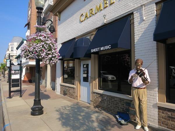 Carmel Street Statues