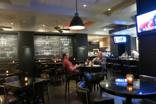 Loews Ashburn Lounge Rosemont