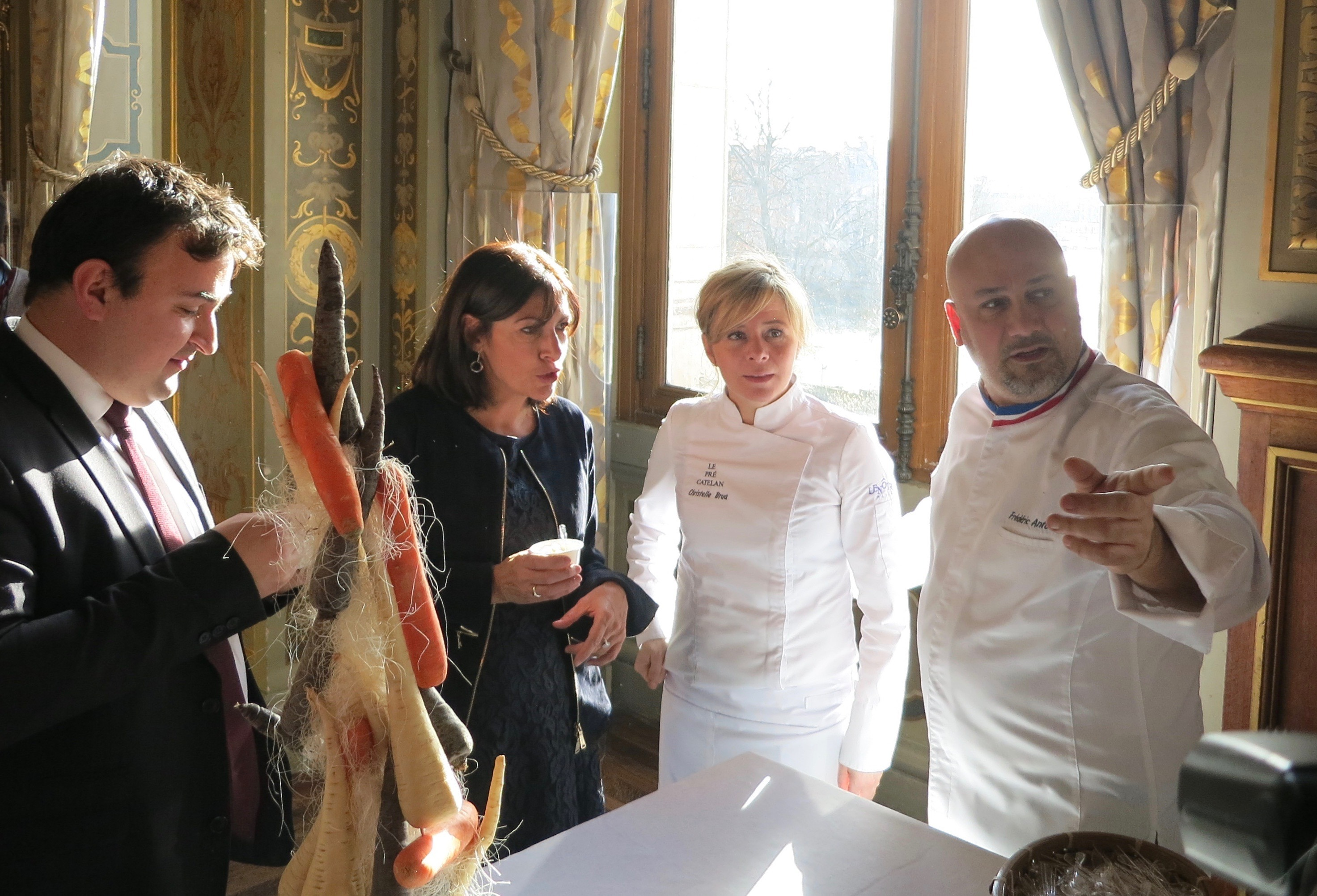 Paris Mayor Anne Hildago Meeting the Chefs