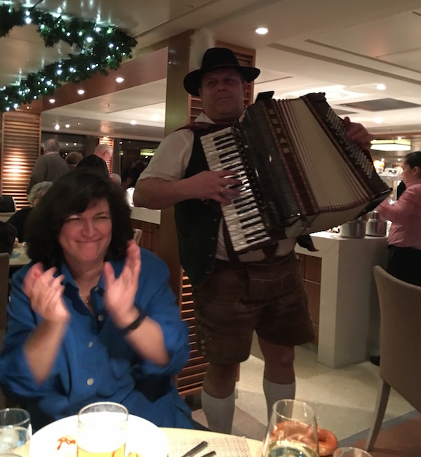 Live music entertainment on Viking River Cruises