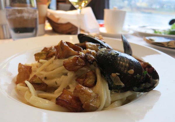 Mussels for Lunch on Viking River Cruises
