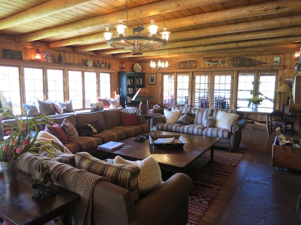The welcoming lodge at Rawah Ranch.
