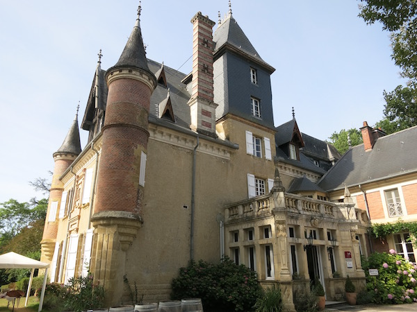 chateaux-le-haget-montesquiou-france