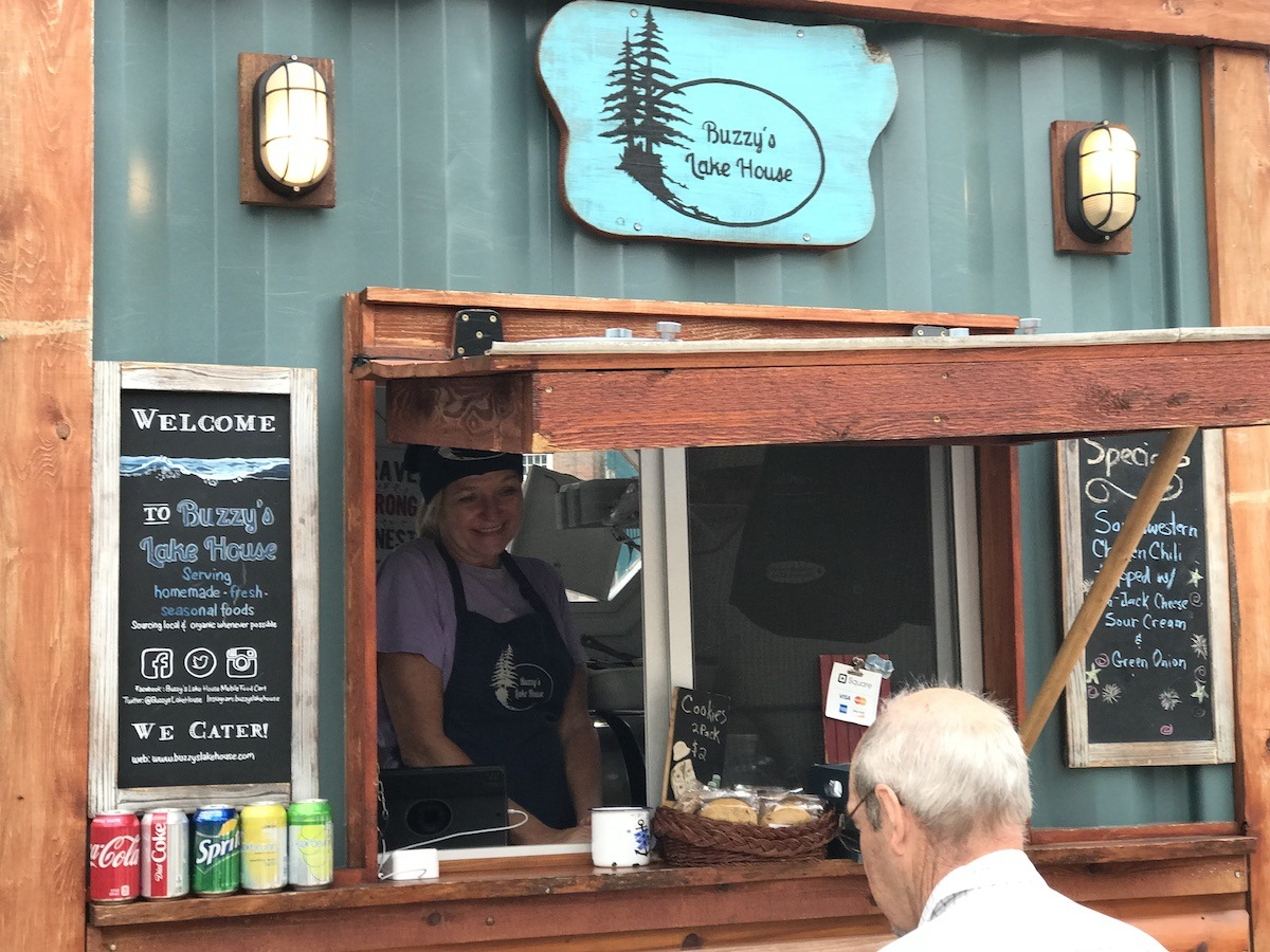 Buzzy's Lake House Food Cart Madison WI
