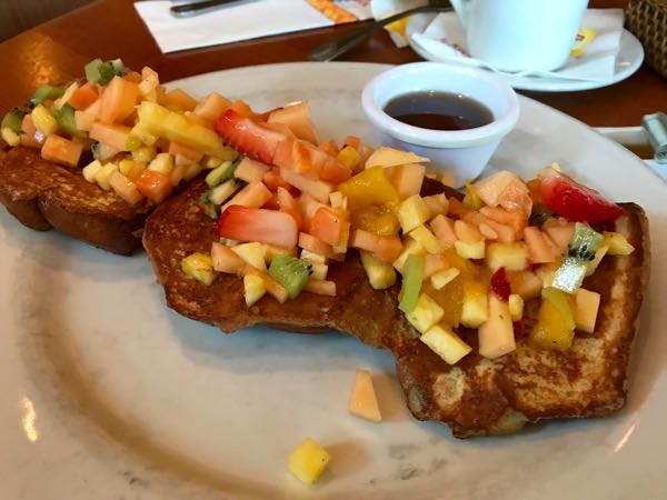 French toast with fruit Kings Hawaiian Torrance California