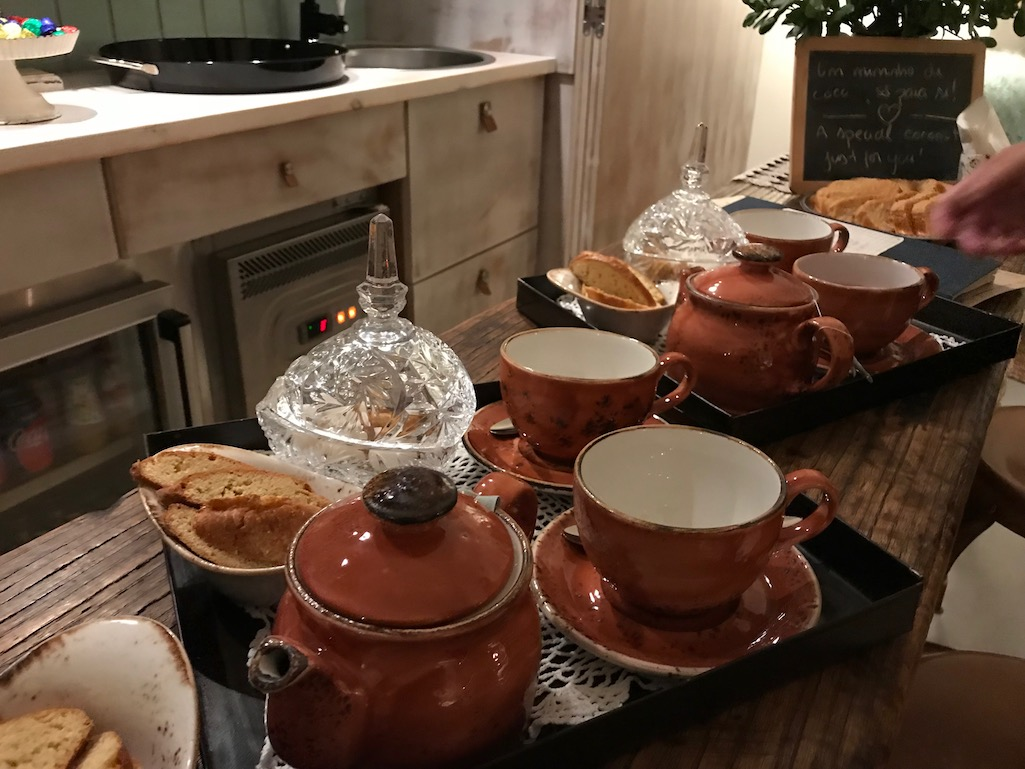 Welcome Tea at Luz Houses