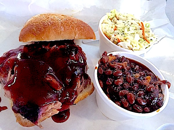 Notorious P.I.G. bbq lunch Food Travelist