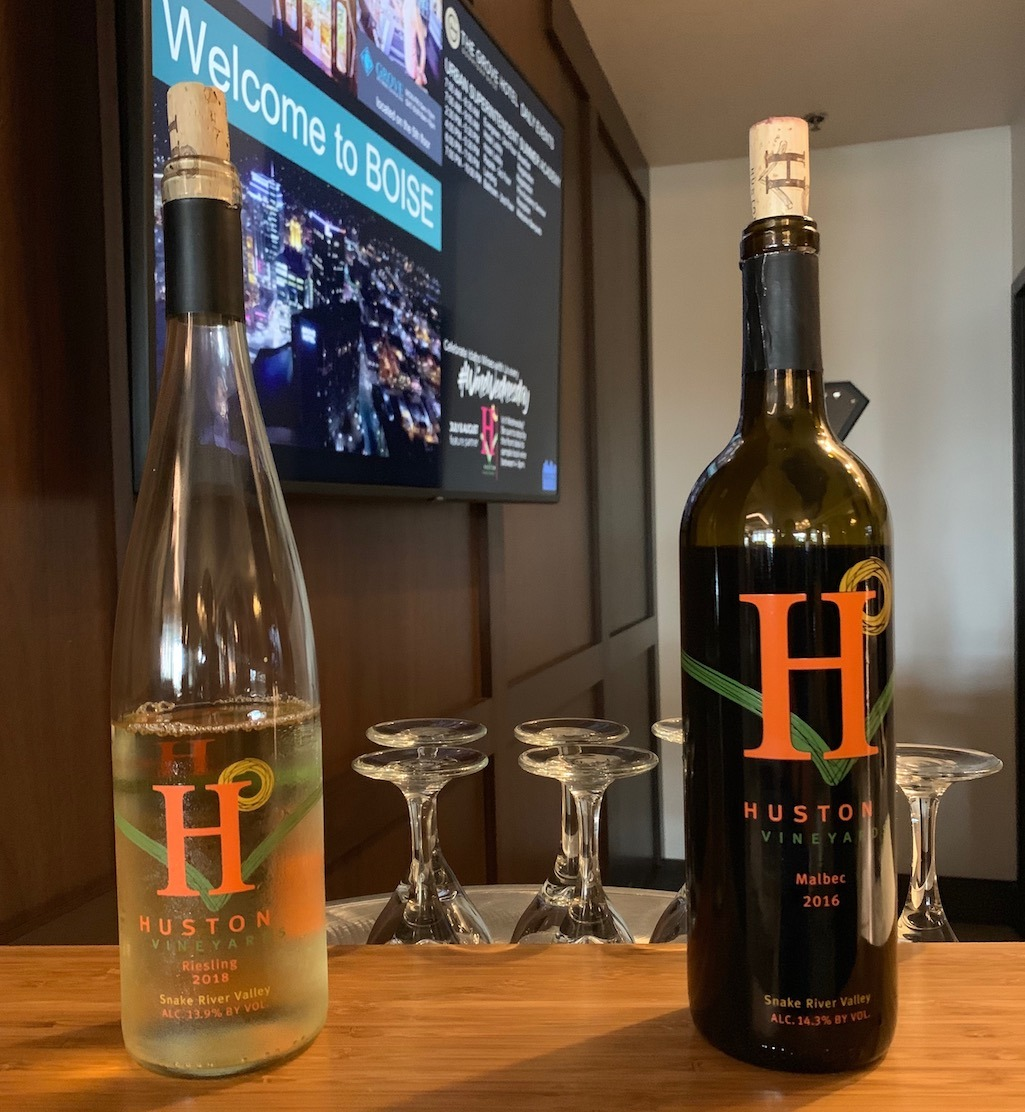 Free Local Wine Tasting on Wednesday Nights at The Grove Hotel