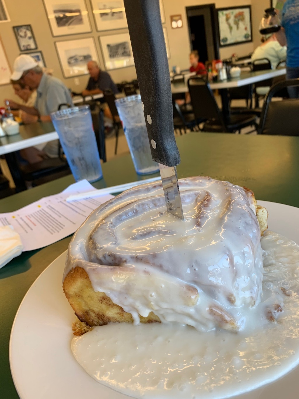 Stewarts Restaurant Lake of the Ozarks Super Giant Cinnamon Roll Central Missouri