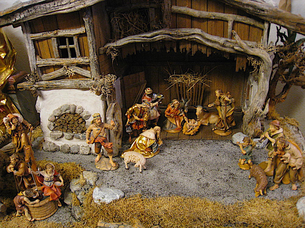 Nativity Sets for sale in Oberammergau