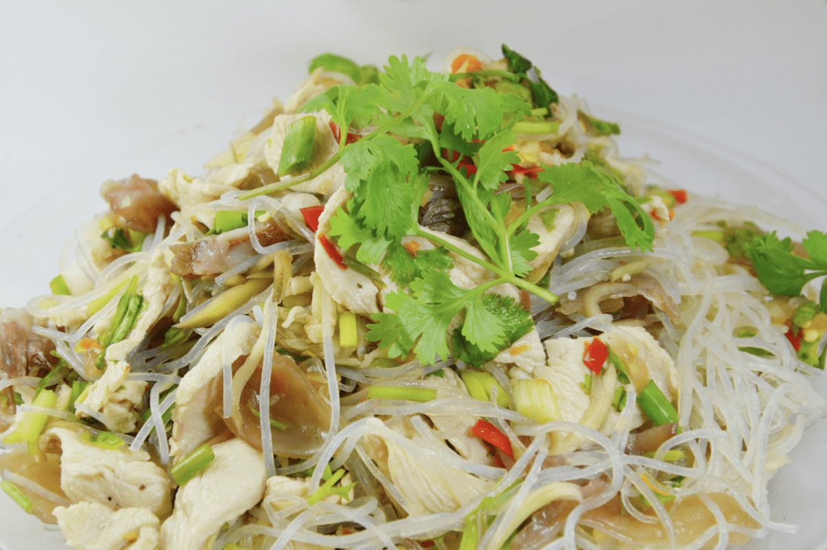 Rice Noodles Can Be Crispy Or Cooked