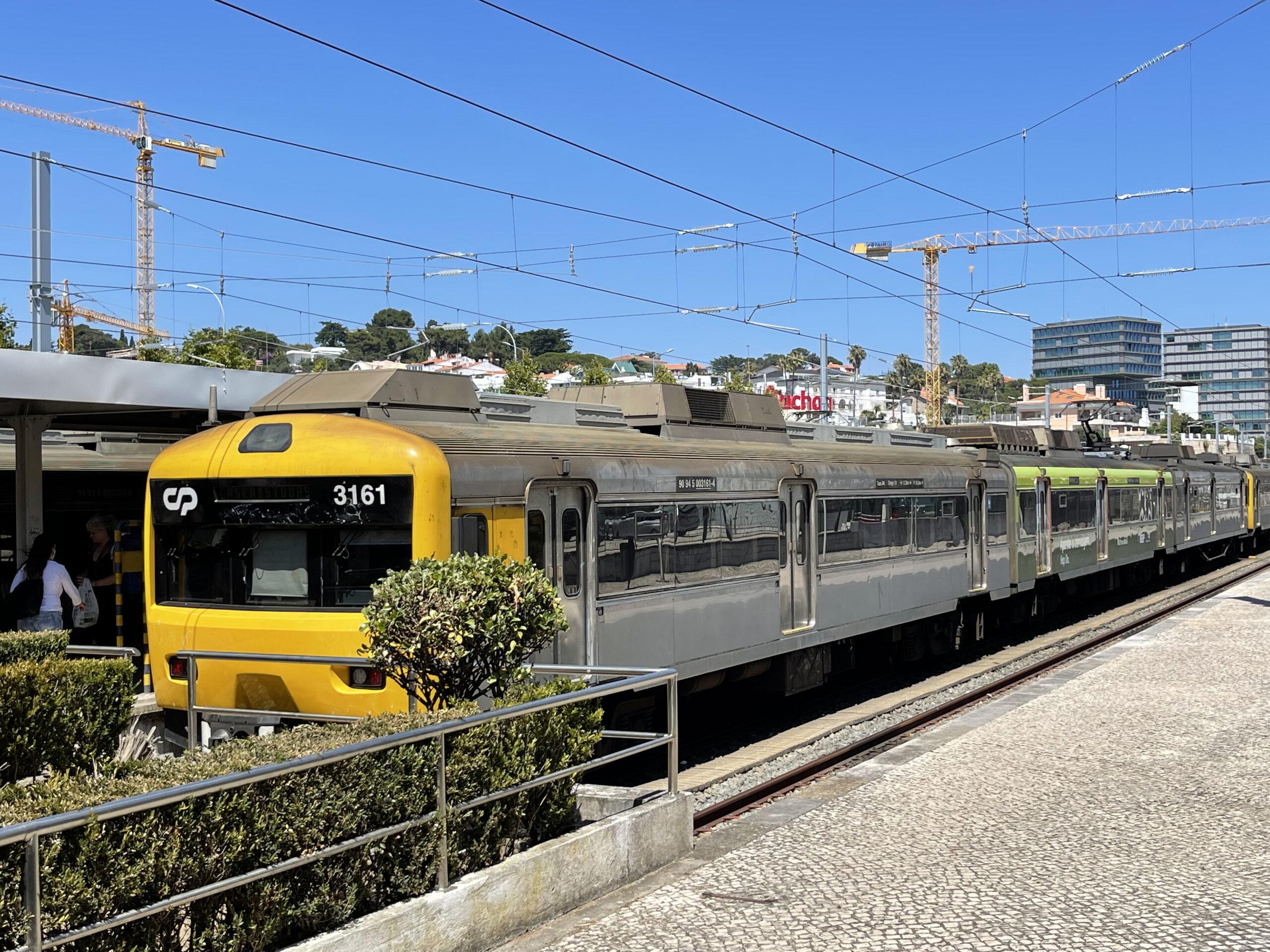 linha das cascais Moving To portugal